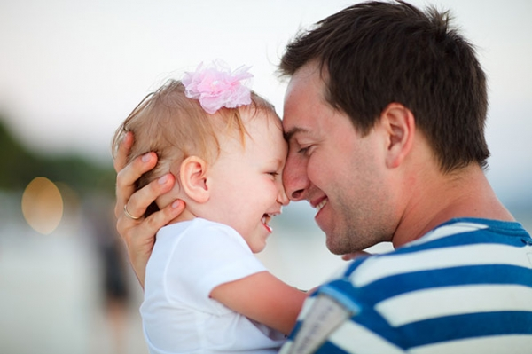 Dad attachment with daughter