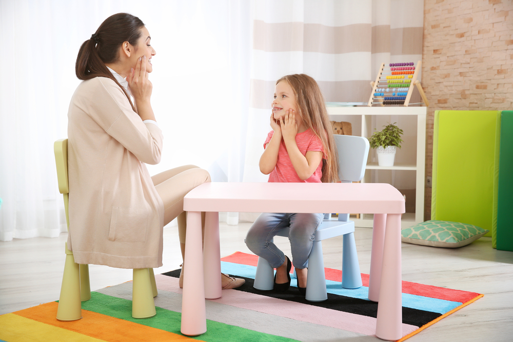 Working Therapeutically with children: a 2 Day Workshop for Professionals In this 2 day course, presented by Anschel Pieterson, various aspects with regards to working therapeutically with children will be discussed and where possible, practical implementation thereof will be outlined.